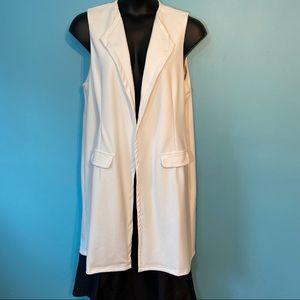 New Look women's long white vest in size 14